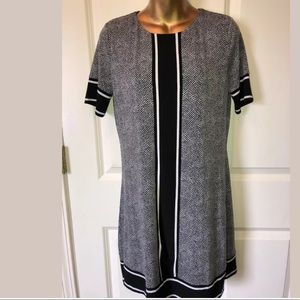 Michael Kors black and white dress size P/M
